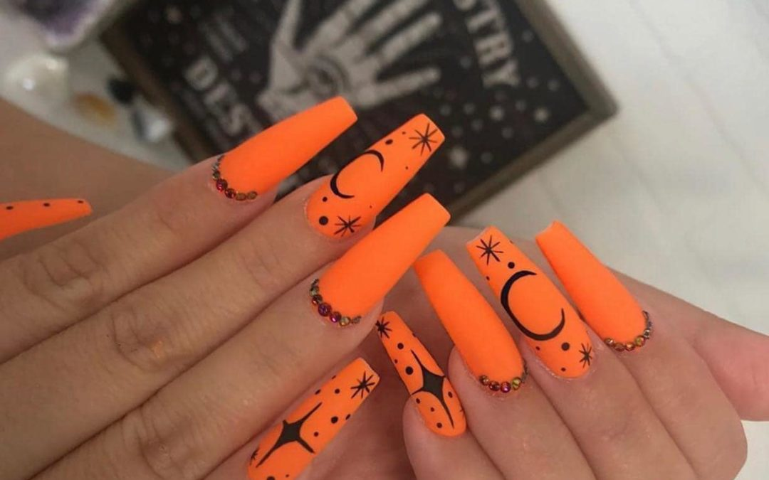 Halloween Nails You've Got To See: 2021 Edition (Scary Good!)
